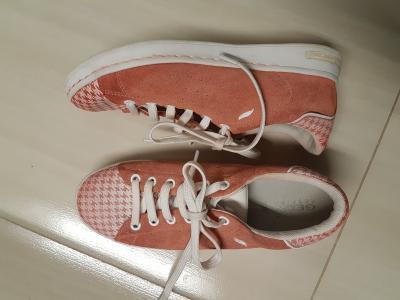36-os lány bőrcipő